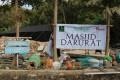 Salurkan Bantuan Korban Gempa Lombok, Pengurus Forkammi Shalat Ashar di Masjid Darurat